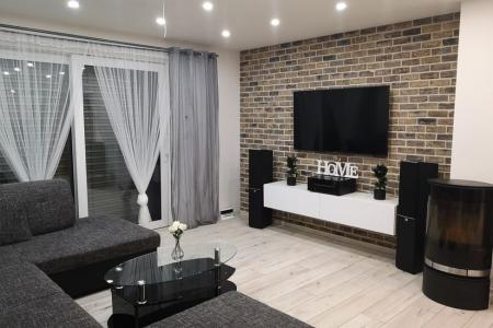 Lícovky v obývacím pokoji