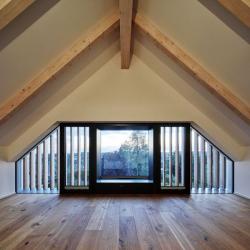 Řešení oken ve štítu střechy