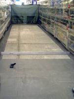Obr. 4: Odstranění povrchově zdegradované vrstvy na povrchu podlahy frézováním