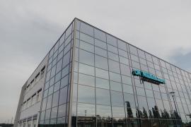 Nová průmyslová hala koncernu Muehlbauer v Nitře využívá k vytápění, chlazení a ohřevu vody systém NIBE