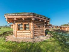 Hlasujte v anketě Dřevěná stavba roku 2021 a vyhrajte dovolenou ve srubu