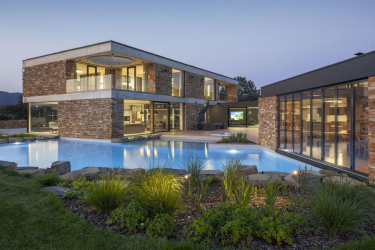 Celkovým vítězem ankety Dům roku 2021 se stal rodinný dům architekta Petra Dobrovolného
