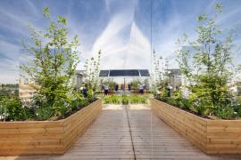 Střecha na pavilonu EXPO 2015 v Miláně, který byl zvolen třetím nejlepším v kategorii architektury. Během šesti měsíců trvání výstavy získal další ocenění od médií i návštěvníků.