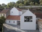 Novostavba v pražských Jinonicích: Jak prosvětlit dům v severním svahu