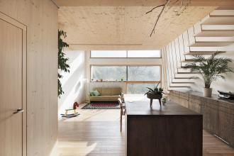 Interiéry jsou osluněné až do hloubky dispozice