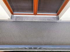 Obr. 8: Celkový pohled na dokončený izolační systém balkonu, včetně provozních vrstev