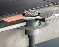 Spolehlivou ochranu proti pronikání kanalizačních plynů skrz podlahové vpusti nabízí zápachové uzávěry Viega Advantix o systémové míře 100 mm s dvěma kyvnými klapkami (zdroj: Viega)