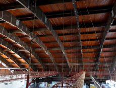 Opatrenia na zabezpečenie veľkorozponovej drevenej oblúkovej konštrukcie zimného štadióna