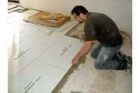 Podlahové konstrukce spoužitím vakuovaných izolačních panelů