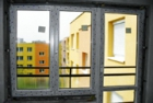 Aplikace osazení oken uvícevrstvých plášťů