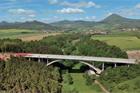 Přednáška Obloukový most přes Oparenské údolí