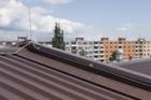 Jak je to s potřebou hromosvodu na plechových střechách Lindab