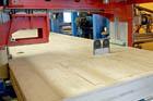 KASPER CZ instaluje unikátní dřevoobráběcí stroj