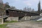V Č. Krumlově začala oprava zastřešeného dřevěného mostu