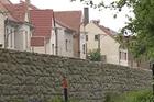 Nové protipovodňové zdi mají ochránit Křešice před 20letou vodou