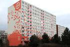 Bytový dům Hrabákova 1972–1974 – vítěz internetové ankety při soutěži o nejlépe zregenerovaný panelák