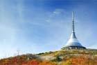 České Radiokomunikace začaly opravovat plášť vysílače na Ještědu