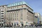 Plán zbourat dům na Václavském náměstí je podle historiků barbarský
