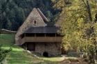 Ve Velharticích po třech desetiletích opravili hradní pivovar