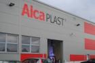 Firma Alcaplast otevřela v Břeclavi novou výrobní halu
