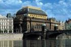 Začala rekonstrukce fasády historické budovy Národního divadla