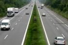 Do prvních tří tendrů na opravy dálnice D1 se přihlásilo 13 firem