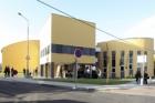 Chebské gymnázium má nové jazykové centrum s planetáriem