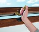 Dekorové fólie střešních oken Roto – pro moderní vily i venkovské chalupy