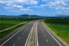 Kilometr tuzemské dálnice má stát 126 miliónů, o čtvrtinu méně než nyní
