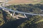 Pošvářová: Na Lochkovském mostě jsou trhliny