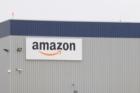 Zastupitelé Dobrovíze dali zelenou výstavbě haly pro Amazon